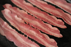 IS TURKEY BACON PALEO?